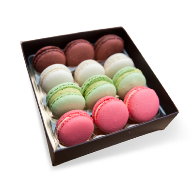 Macaron chocolate box manufacturers supply custom packaging boxes of chocolates |